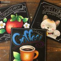 奈良チョークアート教室 ぎんのいすart works 体験レッスン コーヒーカップ 猫 いちご