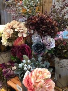 店内にもお花です ^^